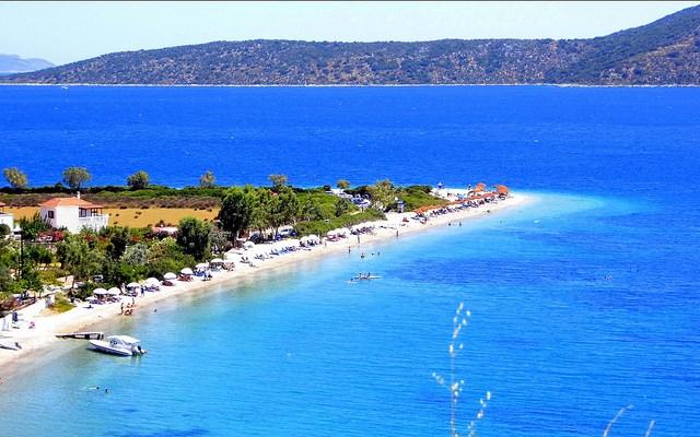 Isla de Alonisos en las Espóradas. Aún relativamente preservadas, ideales para quien busque calma y tranquilidad.