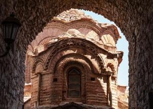 Iglesia del siglo XII en Agios Apostoli en la isla de Chios. Foto de Marmontel.